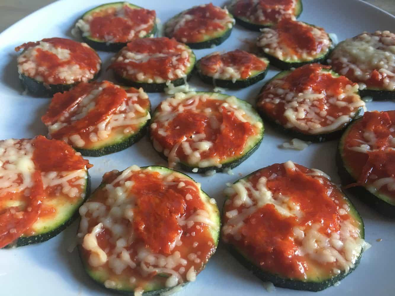 Recept mini-pizza's voor een iets gezondere pizza-snack. :)